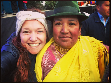 Clo's Next ViewPoint: Local Fun in Quilotoa: Selfies Time!