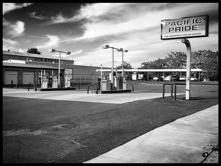 Clo's Next ViewPoint : black and white sunset streets of Walla Walla, Washington (aka Home)