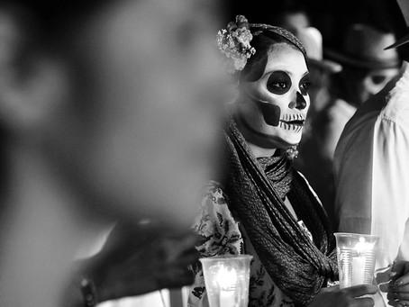 Clo's Next ViewPoint: Dia de los Muertos parade