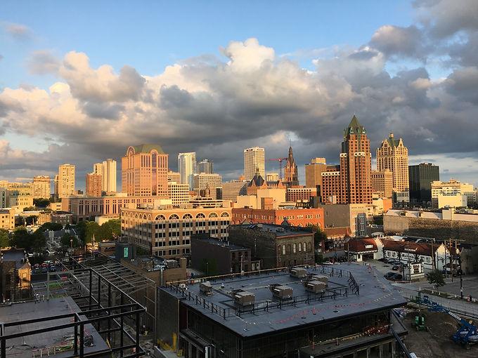 Milwaukee skyline from 'FF panorama'.jpg