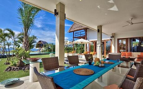 Villa-Palmeira-Terrace.jpg
