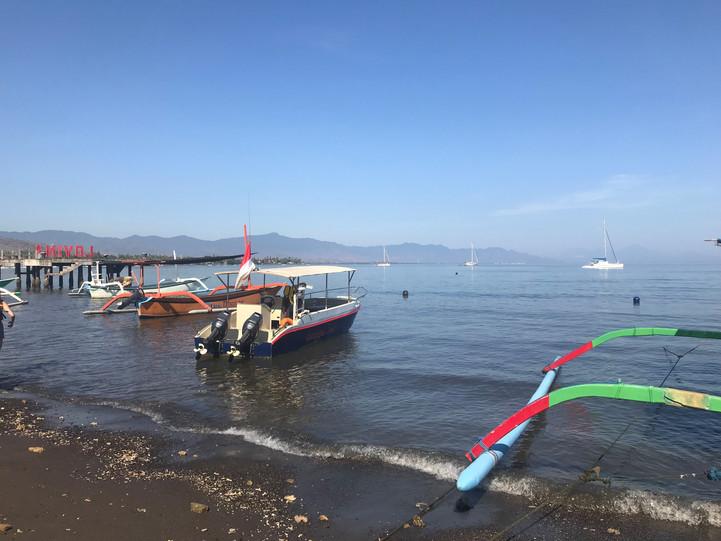 Lovina beach with fishing boats