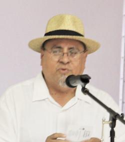 Director Laico: Doc Alvarez