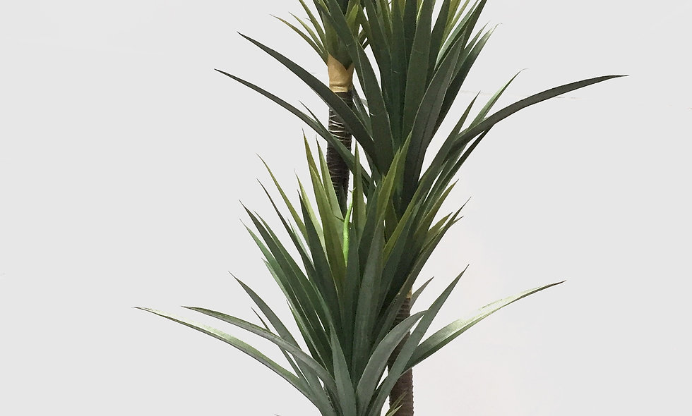 Planta Artificial Triple Yucca