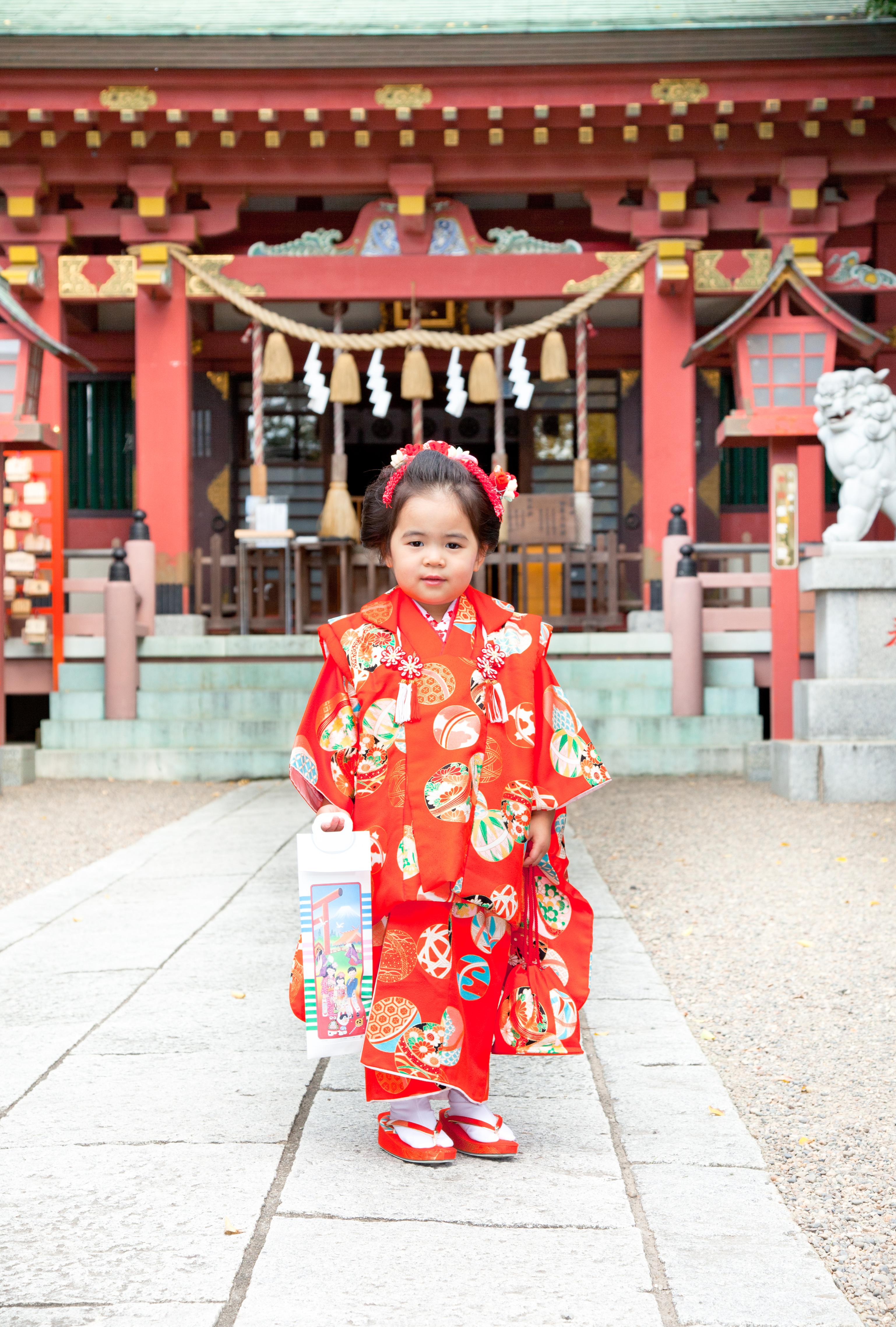 3歳-753-前川神社写真館川口市-社殿前