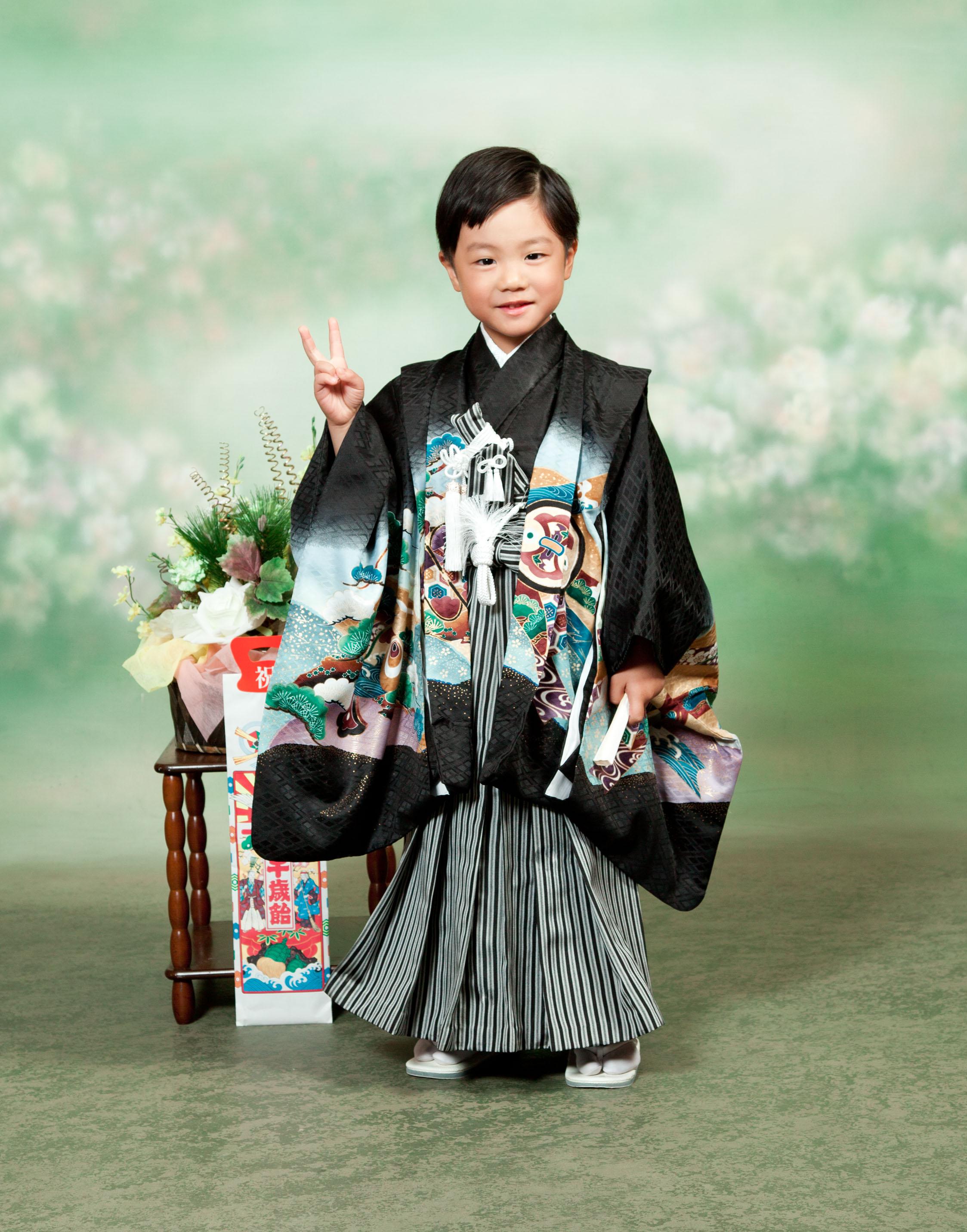 五歳-753-川口市前川神社写真館スタジオ内