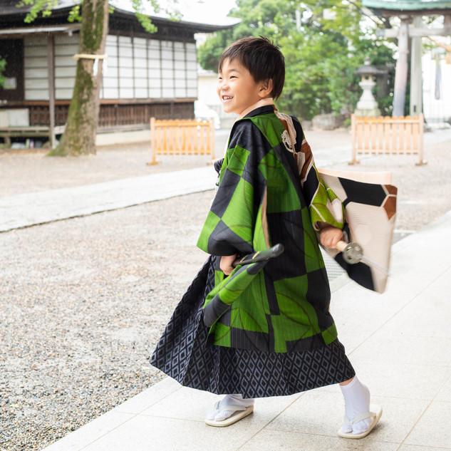 神社で写真は川口蕨の前川神社写真館