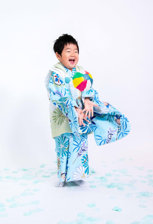 川口蕨の3才男子着物撮影は鈴木写真スタヂオ