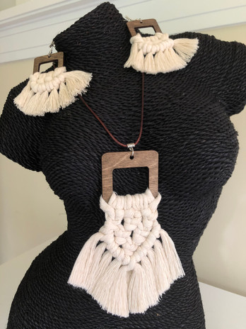 ON THE FRINGE necklace and earrings.