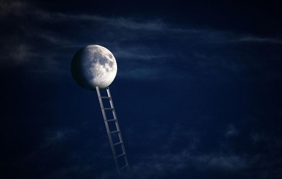 moon-5254351_1920.jpg