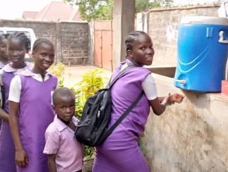 HANDWASHING WITH A SMILE