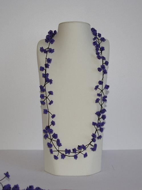Collier « Cerisier » violet foncé