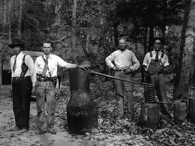 "Distilling 101 - What makes ""moonshine"" moonshine?"