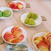 Apple tastingJPG.JPG