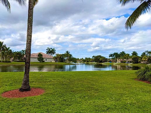 2560px-Pembroke_Pines,_Florida.jpg