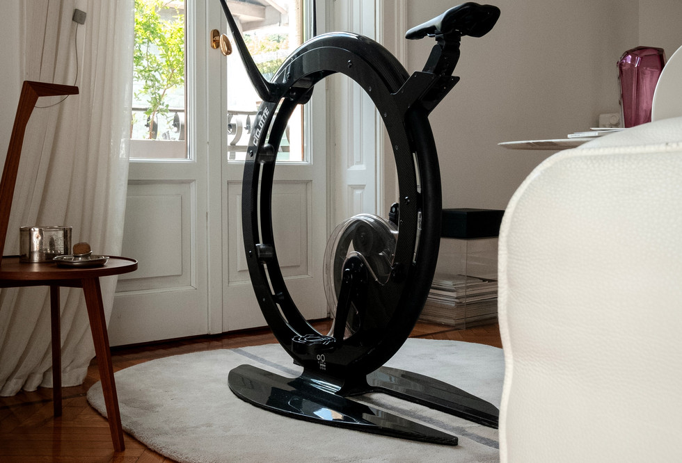 Ciclotte carbon fibre sofa (1).jpg