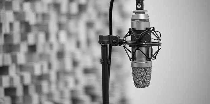 Microphone: What Your Business Can Learn From The Spice Girls