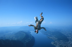 Parachutisme free fly