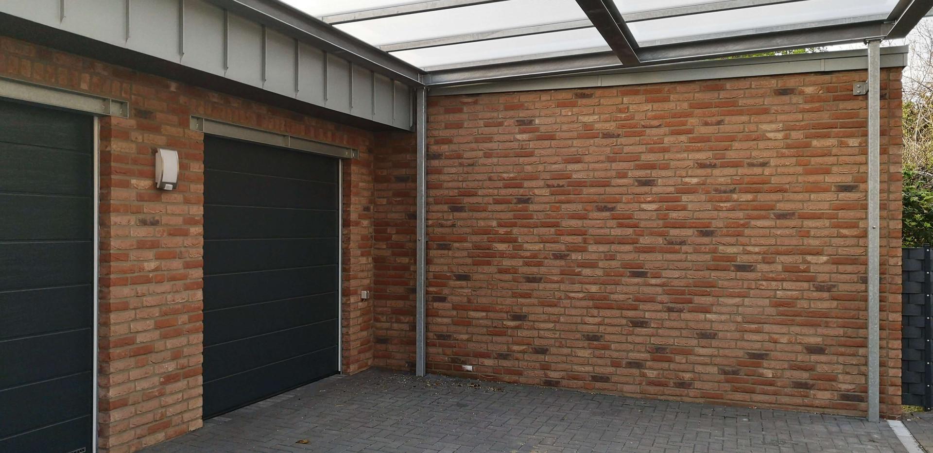 Garage mit Überdachung
