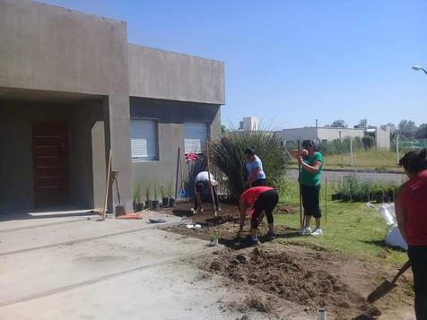trabajo jardinería.jpg