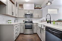 exposio_05_kitchen_02_21514_104th_st_