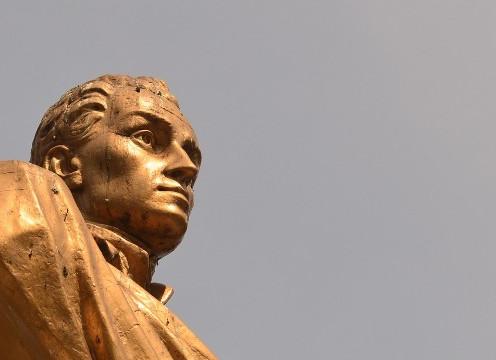[Especial Bicentenario] Las estatuas del Bicentenario: El legado de los héroes de la Independencia 2