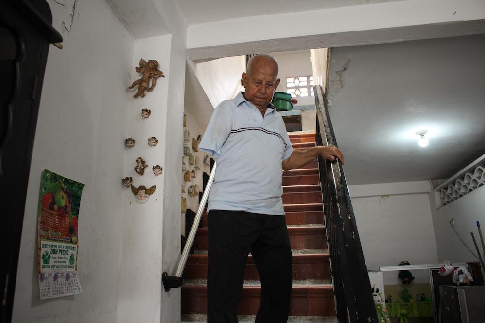 Álvaro en casa
