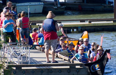 Chinook Canoe Loading.jpg
