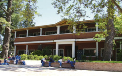Foto edificio polimodal