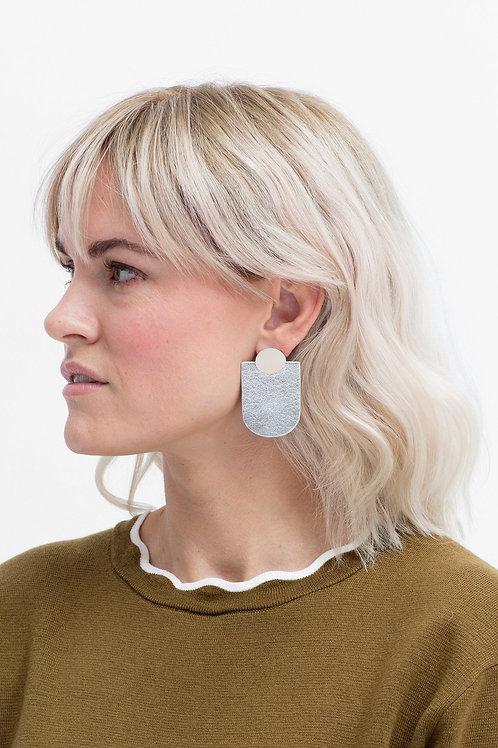 ELK - Knast Drop Earring - Beige/Silver