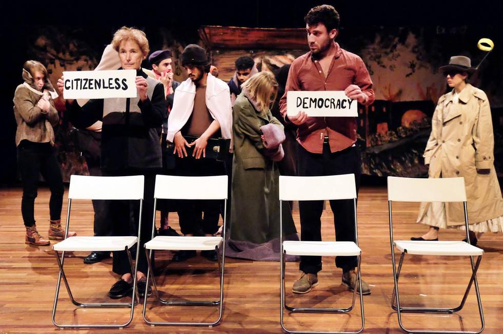 Acteur - Bread & Puppet Theatre