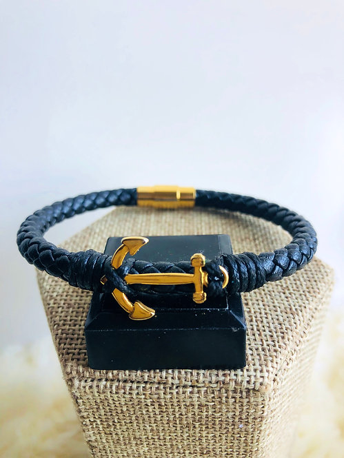 Leather and gold stainless steel bracelet