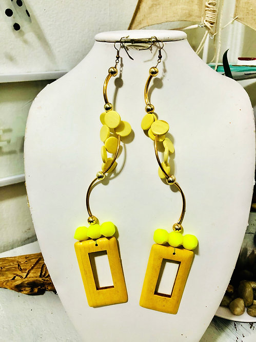 Shades of yellow earrings