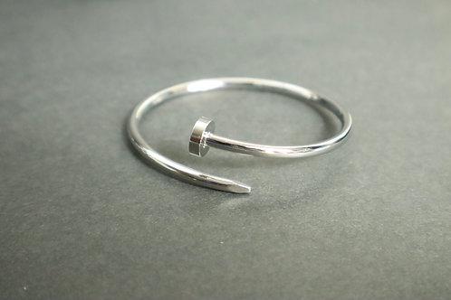 nail silver bracelet