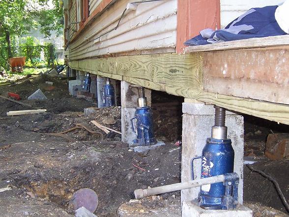 homeguide-hydraulic-pier-and-beam-foundation-repair.jpg