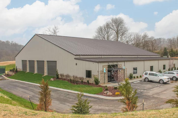 Blackthorn club tennis and fitness center exterior image