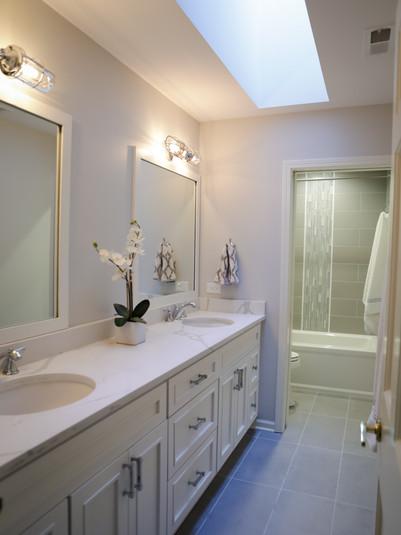 Light and Spacious Bathroom