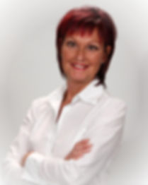 Dr Michele Morissette, certified animal chiropactor,D.C.,C.A.C.