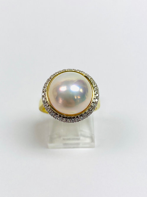 Mabé Pearl and Diamond Ring