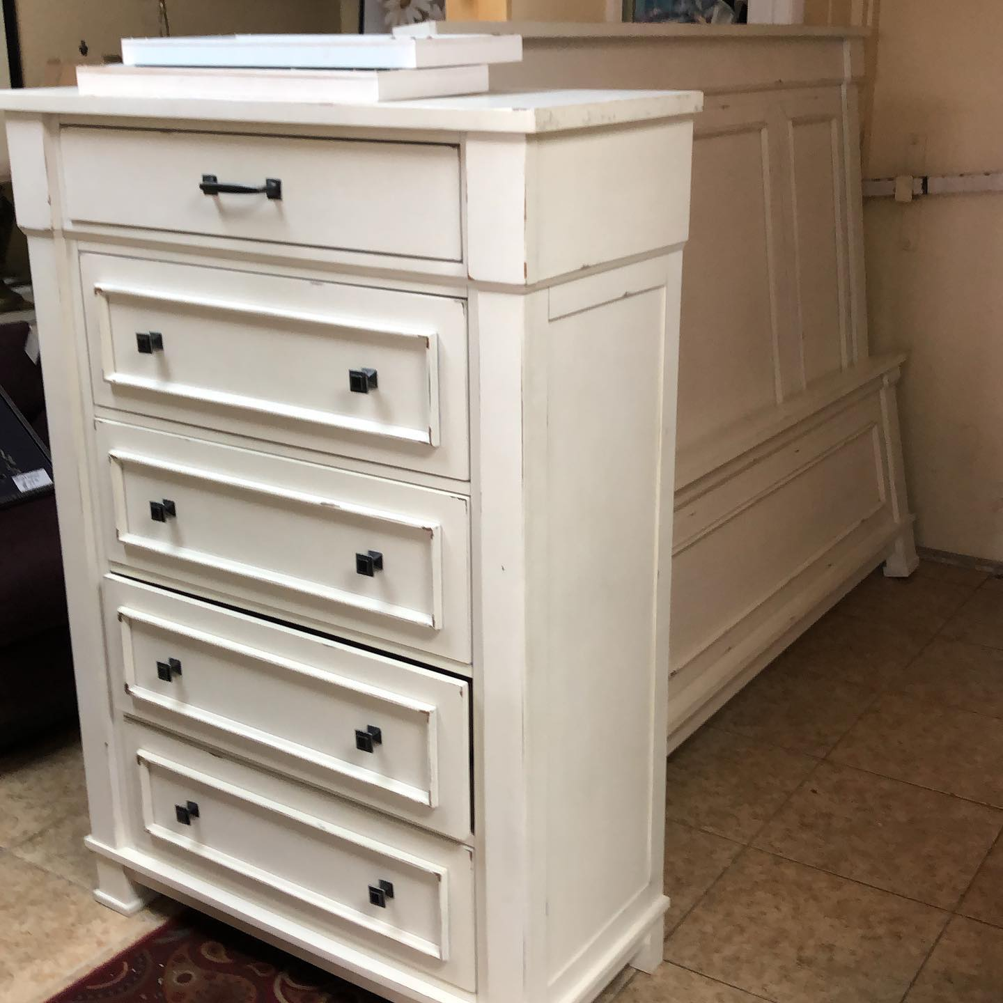 5 drawer coastal chest and king bed
