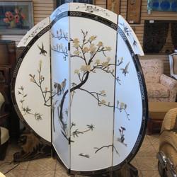 circular 4 panel screen
