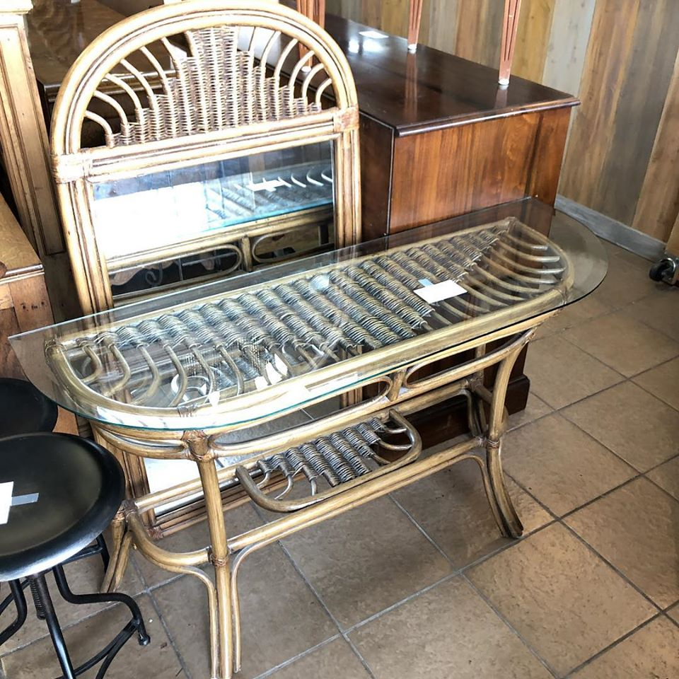 Leaders rattan sofa table and mirror