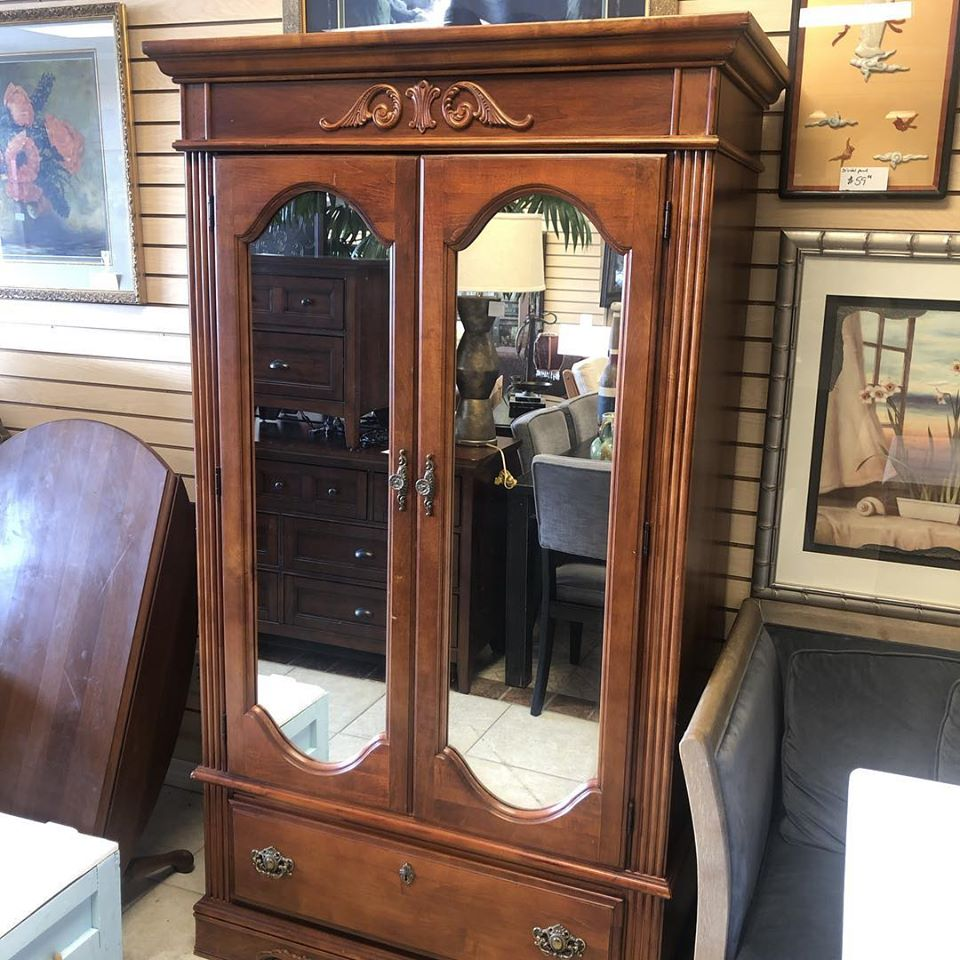 mirrored face armoire