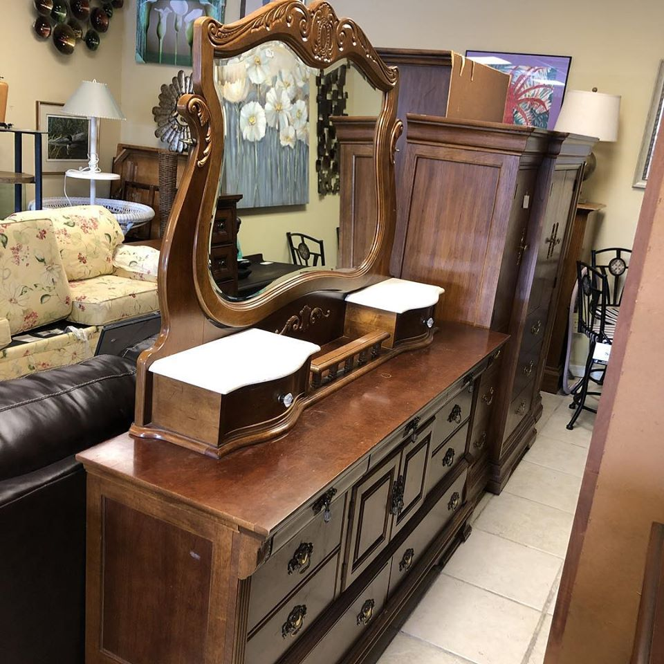 11 drawer low boy with marble top mirror