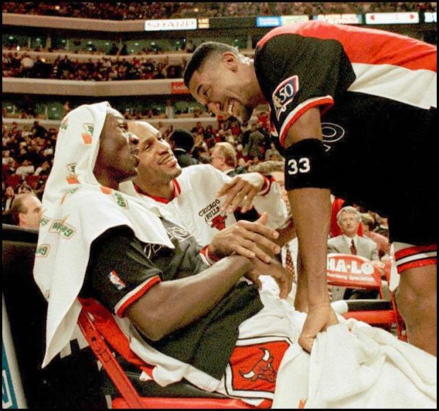 jordan_pippen_NBA_Around_the_Game