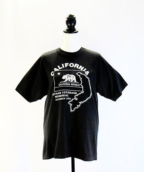 Vietnam Veterans Memorial 88' | T-Shirt