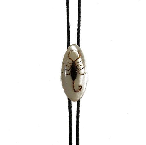 Oval Scorpion | Bolo