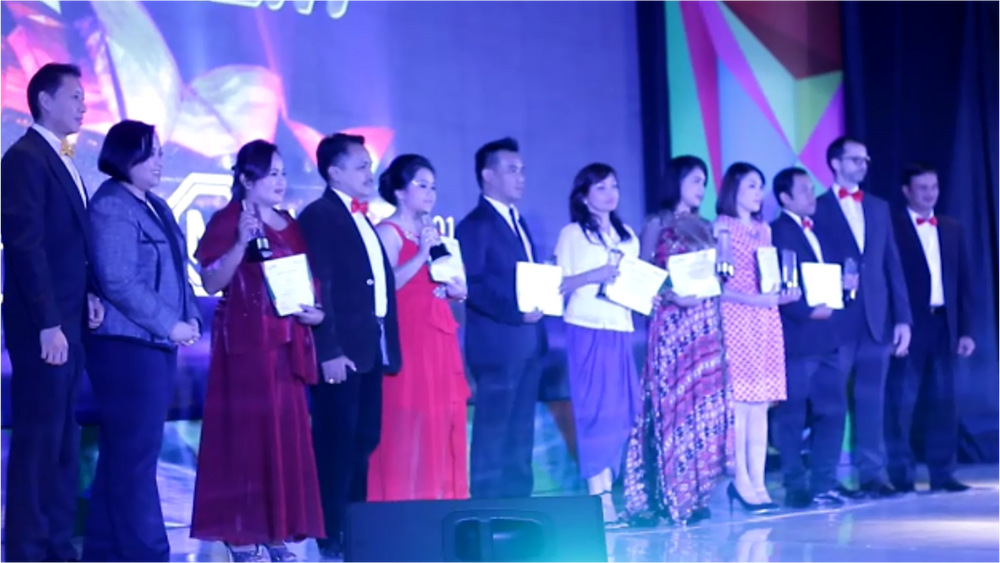 awarding night manulife danamon 1.png
