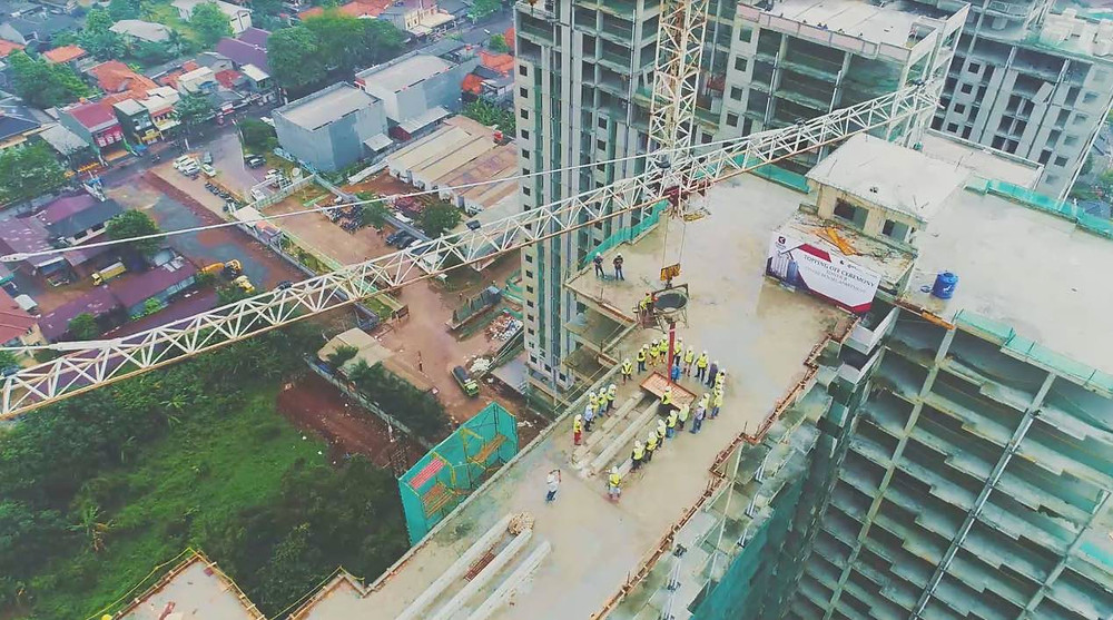 topping off cinere resort apartment
