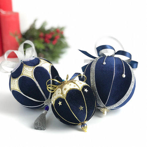 Набор новогодних шаров  «Ночь перед Рождеством»